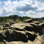 weich geschliffener Sandstein an der rund 800 Jahre alten Burg