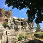 Die Südseite der Burg Regenstein mit den Resten des Turmes